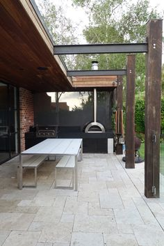 Zesti oven Outdoor Fire, Outdoor Living, Outdoor Decor, Outdoor Bbq Kitchen, Outside Fireplace, Wood Fired Oven, Door Ideas, Fireplaces, Firewood