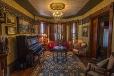Mechanicsburg townhouse is vintage Victoriana: House of Style | PennLive.com #bradburywallpaper