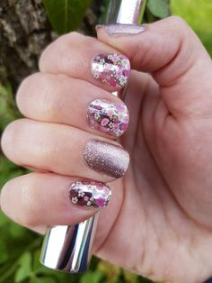 Jamberry Floral Fusion and Rose Gold Sparkle wraps!