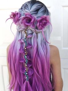 18 vibrant and pastel mermaid hair color ideas 18 lebendige und Pastell Meerjungfrau Haarfarbe Ideen - Long Hair Style Trends Hair Color Purple, Cool Hair Color, Purple Ombre, Unique Hair Color, Amazing Hair Color, Long Purple Hair, Periwinkle Hair, Gray Hair, Unicorn Hair Color