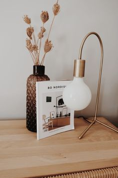 Bolia Piper table lamp Brass Lamp, Scandinavian Interior, Living Room Interior, Earth Tones, Interior Styling, Things To Come, Table Lamp, Design, Home Decor