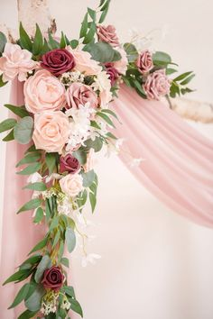 Blush Wedding Flowers, Dusty Rose Wedding, Diy Wedding Bouquet, Wedding Flower Arrangements, Floral Wedding, Blush Wedding Centerpieces, Pink Flower Centerpieces, Pink Wedding Theme, Bridal Flowers