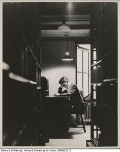 Student studying in Widener Library, c. Harvard Library, Student Studying, Study Inspiration, Sweet Memories, Great Places, The Past, Black And White, Thesis, Fig