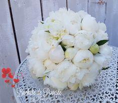 Bridal Bouquets, Floral Wreath, Wreaths, Weddings, Decor, Horsehair, Wedding Bouquets, Decoration, Mariage