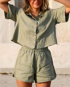 linen clothes French Linen Clothing and Loungewear. Our Palm Green Poppy Set. Mode Outfits, Casual Outfits, Fashion Outfits, Womens Fashion, Style Fashion, Fashion Fall, Rustic Fashion, French Fashion, Fashion Clothes