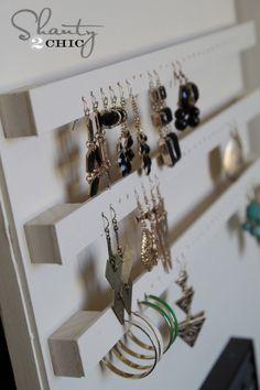 DIY Jewelry holder. earring holder diy