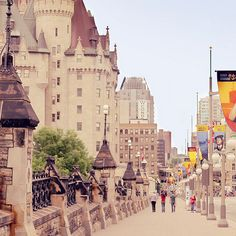 Ottawa (photographer J, Rueda)...looking East down Rideau street, left Château Laurier and the Rideau series of locks leading to the Outaouais River. right would be the Ottawa Conference Centre. MR