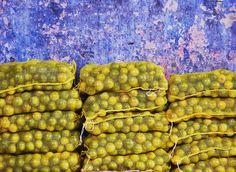 Uma feira e cores  #feira #feiradesaojoaquim #marketplace #market #salvador #salvadormeuamor #photography #photo #photogram #bluemagazine #feiralivre #brasil #bahia #escolabaianadefotografia