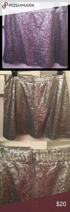 Super Cute Silver Sequin Mini Skirt Silver sequin skirt by Decree. Zipper in the back. Size Medium Juniors. Decree Skirts Mini