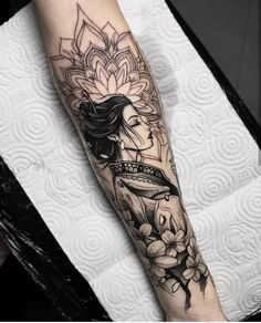 Amazing And Unique Arm Tattoo Designs For Women; Amazing And Unique Arm Tattoo; Cute Tattoos, Unique Tattoos, Beautiful Tattoos, Body Art Tattoos, Tattoos For Guys, Tattoo Ink, Tattoo Linework, Arm Tattoos For Women Forearm, Mandala Tattoo