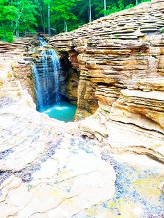 Things To Do in the Ozarks Mountains, Table Rock Lake and Branson, Missouri | Venus Trapped in Mars || Dallas