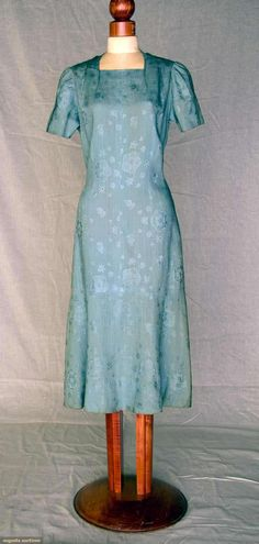 Schiaparelli Day Dress, Summer 1937, Augusta Auctions, November 10, 2010 - St. Pauls - NYC, Lot 354