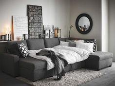 Rymlig bäddsoffa. Bäddsoffa Styrsö, tresits med schäslong, 10 995 kronor, Mio. En bäddsoffa är bra för dig som vill kombinera en säng och soffa. Den är praktisk och sparar utrymme. Nackdelen är att sittkomforten ofta är inte lika bra som i en vanlig soffa.