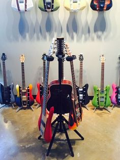 The D&A Guitar Gear HYDRA stand!! #ROCKSOLID