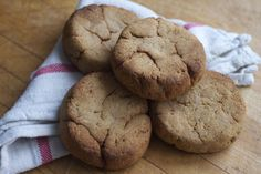 AIP Friendly Sweet Garlic Biscuits featuring Anti Grain flour! http://beyondthebite4life.blogspot.com/2015/01/paleo-sweet-garlic-biscuits-aip-friendly.html #paleo #primal #aip