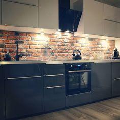 #kitchen #homesweethome ❤ #evening #christmastime #home #interior #industrial #mykitchen #interiordesign #softloft #stylindustrialny #cegielka #homedecor #kitcheninspo