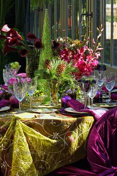 Creative Jewel Toned Holiday Table Decoration