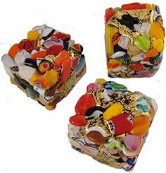 Klimt-inspired Murano beads by leanne - http://indulgy.com/post/tKTfyCAXP1/klimtinspired-murano-beads