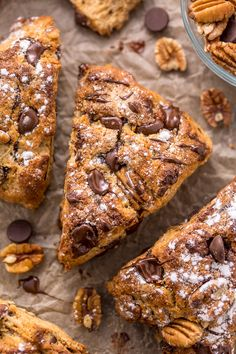 Chocolate Pecan Scones are flaky and loaded with chocolate and pecans! Serve warm or at room temperature. Perfect for breakfast or brunch! Brunch Recipes, Dessert Recipes, Brunch Menu, Healthy Desserts, Dinner Recipes, Healthy Recipes, Scones Ingredients, Good Food, Yummy Food
