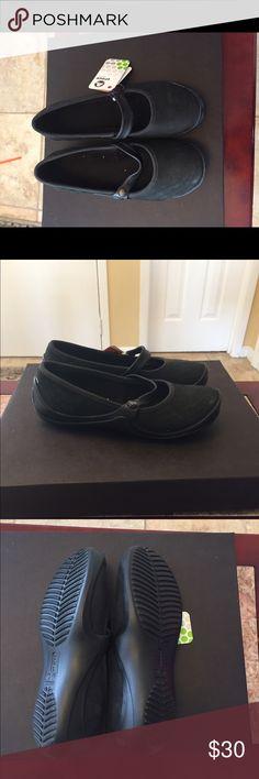 Croc flats Comfy black croc flats CROCS Shoes Flats & Loafers