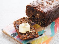Date & Walnut Loaf Recipe Date Recipes, Loaf Recipes, Sweet Recipes, Baking Recipes, Dessert Recipes, Yummy Recipes, Kitchen Recipes, Baking Ideas, Gourmet