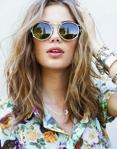 Beach Hair 101: The Right Way to Air Dry Your Hair | The Everygirl