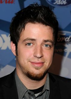 "LOVE THIS:   ""The Walking Dead"" Recruits ""American Idol"" Winner Lee DeWyze For Soundtrack.....artice posted by PopWrapped March 25/14"