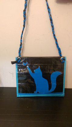 Cat clutch bag with handle
