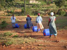 Galão portátil facilita busca e transporte de água