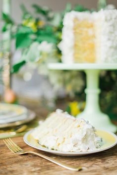 #layer-cake  Photography: Rustic White - rusticwhite.com  Read More: http://www.stylemepretty.com/living/2014/04/17/a-blossoming-easter-tablescape/