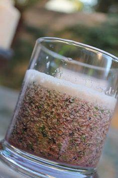 contains bluberries  spinich  orange juice  greek yoghurt