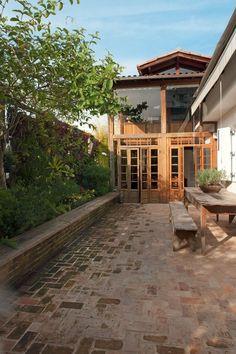 O lar de Malu Mader e Tony Bellotto no RJ Cobertura esbanja charme e dispensa floreios