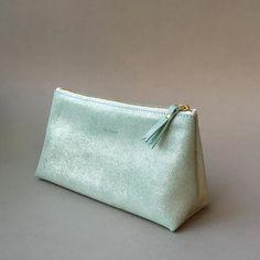 Pistache leather#ateliersaintloup