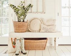 West Michigan Interior Designer, Liz Marie, shares her tips for creating an entrway in a small space! Check out her beautiful & small entryway! Foyer Bench, Entry Foyer, Southern Farmhouse, Farmhouse Decor, Farmhouse Design, Farmhouse Style, Creating An Entryway, Cute Cushions, Small Dresser