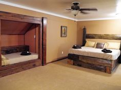 Main Lodge Area - 2nd Floor Master bedroom / private bath