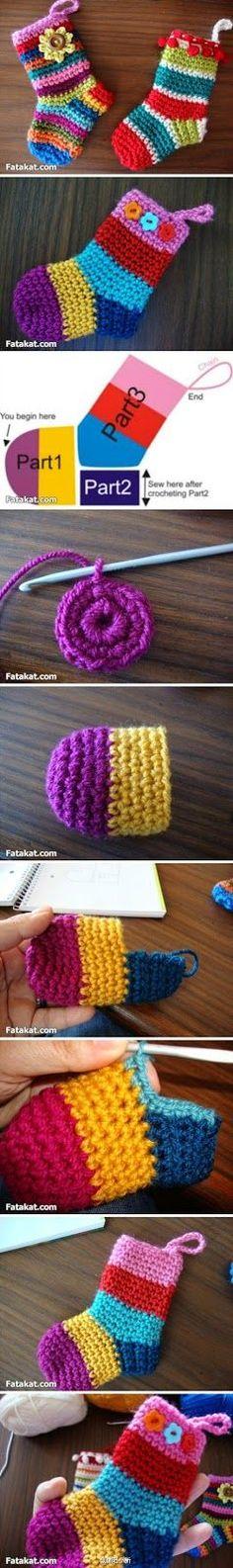 diy crochet booties for beginners Crochet Socks, Diy Crochet, Crochet Crafts, Yarn Crafts, Crochet Stitches, Knitting Socks, Baby Knitting, Start Knitting, Tutorial Crochet