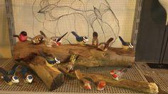 Små fugle, i træ, håndmalet, håndlavet, have design, have dekoration, se mere på https://www.facebook.com/groups/art.visten/