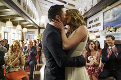 Pin for Later: All the TV Kisses That Made Your Heart Flutter in 2015 Revenge Jack (Nick Wechsler) and Emily (Emily VanCamp) also end up together on their show's final season. Serie Revenge, Emily Revenge, Revenge Cast, Revenge Tv Show, Camping Tv Show, Nick Wechsler, Emily Thorne, Amanda Clarke, Emily Vancamp