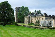 Gordon Castle, century exclusive use venue 😍 Gordon Castle, 15th Century, Scotland, Ireland, Cottage, Rustic, Mansions, House Styles, Travel