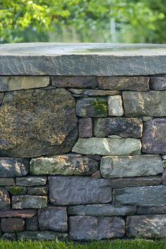House Plant Maintenance Tips Pennsylvania Fieldstone Wall Smith Point Residence Landscape Architect: H. Dry Stack Stone, Stacked Stone Walls, Dry Stone, Brick And Stone, Stone Work, Stone Retaining Wall, Stone Fence, Landscaping Retaining Walls, Stone Landscaping