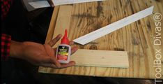 How to Install Picture Frame Moulding Wainscoting - ToolBox Divas Basement Wainscoting, Wainscoting Height, Black Wainscoting, Wainscoting Nursery, Painted Wainscoting, Dining Room Wainscoting, Wainscoting Panels, Wainscoting Ideas, Installing Wainscoting