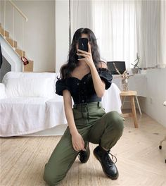 Material: Cotton, Polyester Size Length Waist (Elastic) Hip Thigh S 98 cm cm 100 cm 58 cm M 98 cm cm 104 cm 60 cm Teen Fashion Outfits, Edgy Outfits, Korean Outfits, Retro Outfits, Cute Casual Outfits, Simple Outfits, Laid Back Outfits, Sporty Fashion, Mod Fashion