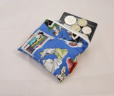 Vintage Ladies Fabric Coin Purse - Free P £5.00