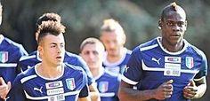 Stephan El Shaarawy e Mario Balotelli, insieme a Parma. Sport Online, Parma, Baseball Cards, Sports, France, Italia, Hs Sports, Sport, Exercise