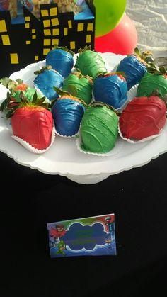 With yogurt instead of chocolate maybe Pj Masks Birthday Cake, King Birthday, Adult Birthday Party, Birthday Treats, Baby First Birthday, Party Treats, 5th Birthday, Birthday Party Themes, Pj Masks Party Favors