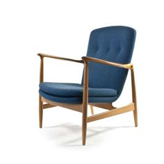 Finn Juhl; Beech and Rosewood Easy Chair for Bovirke, 1952.