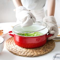 The modern housewife cast iron enamel pot cast iron enamel pot stew thickened manual general electromagnetic oven