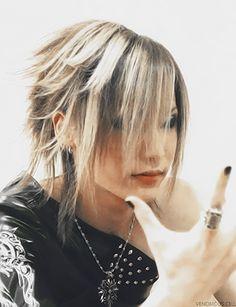 Pretty Uru-san <3 (the GazettE)