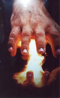 迷える、子こひつじちゃん日記。: 手のひらをつかって目の機能を回復させるヨガ パーミング