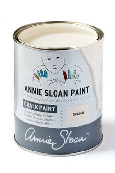 Chalk Paint Annie Sloan original white è un bianco burro meraviglioso. Chalk Paint Annie Sloan attacca su tutto senza carteggiare. In vendita da All White.